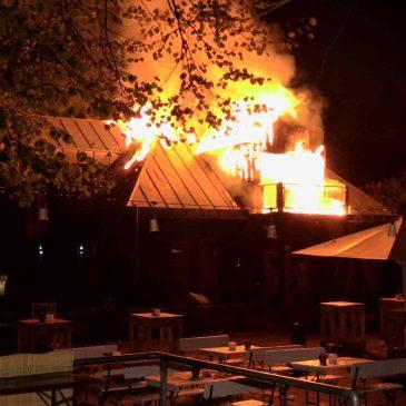 Vereinsgebäude abgebrannt